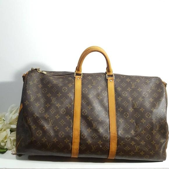 c70648cc28 Louis Vuitton Handbags - Authentic Louis Vuitton Keepall 55 bandouliere
